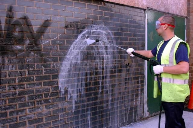 graffiti removal in chattanooga