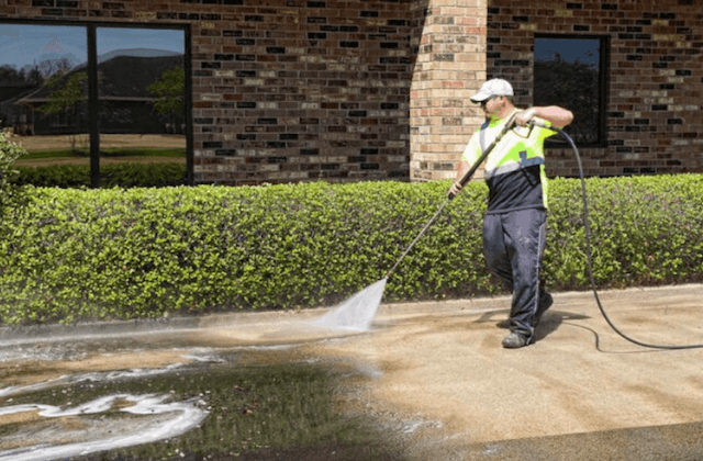 commercial concrete cleaning in chattanooga